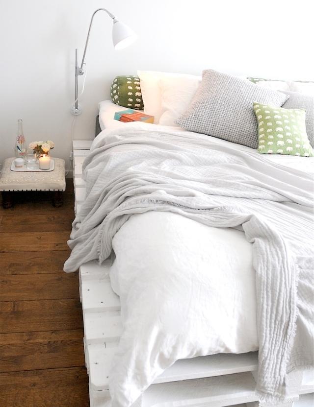 เตียงไม้พาเลท131